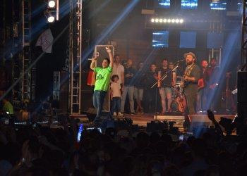 A dupla Jorge e Mateus foi a primeira a subir no palco na noite de domingo