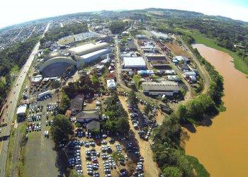 A feira ocorrer&aacute; de 06 a 15 de outubro no Parque de Exposi&ccedil;&otilde;es Tancredo de Almeida Neves, em Chapec&oacute;.<br/>