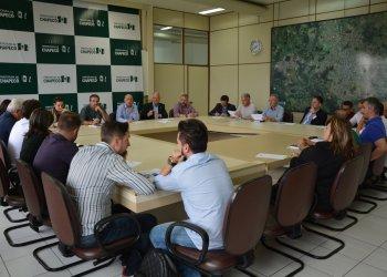 Andamento das obras e novas licita&ccedil;&otilde;es foram assuntos discutidos pela Comiss&atilde;o Central Organizadora da Efapi.<br/>