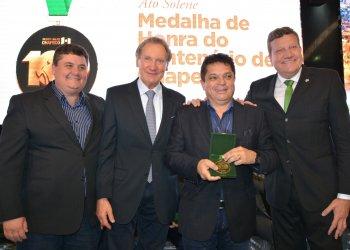 O atual deputado federal João Rodrigues também foi homenageado